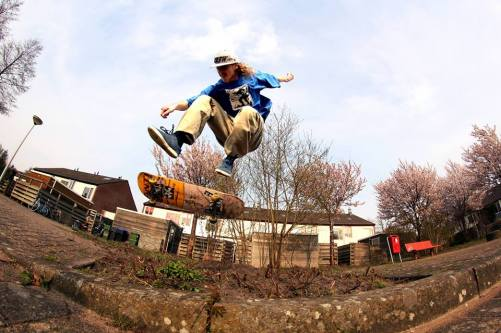 over-ons-kaj-kuipers-severe-skateboarding-events